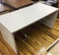 white desk shell