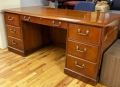Traditional style desk